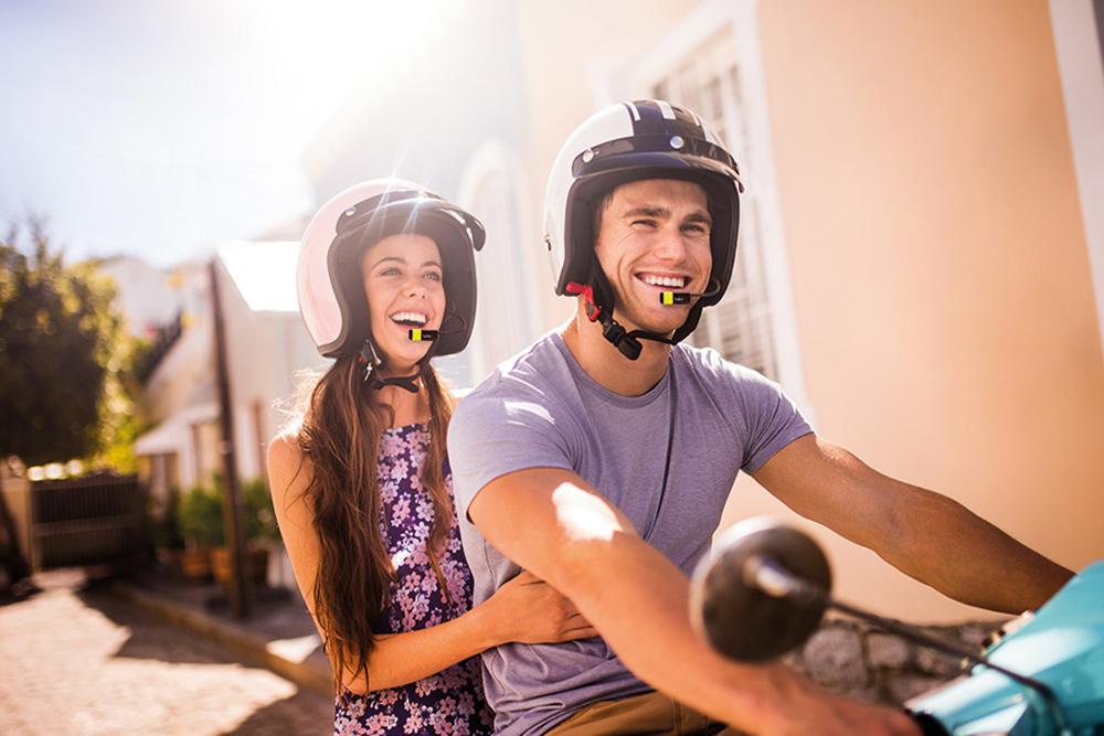 Multa por usar intercomunicadores en moto