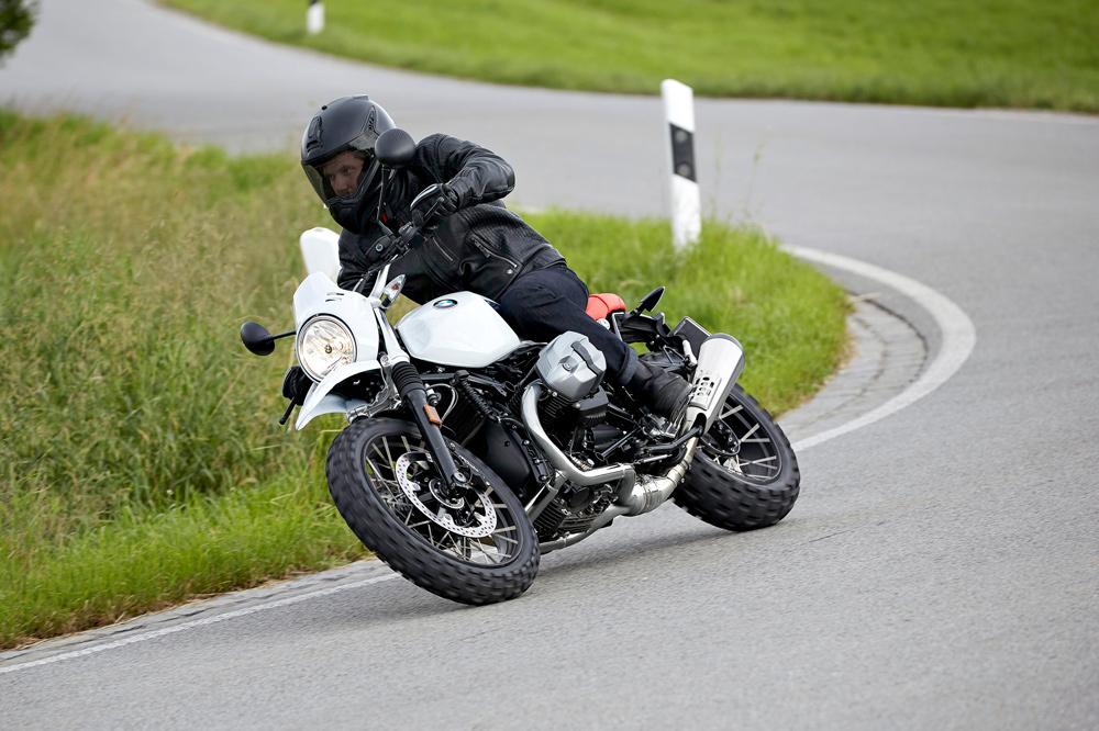Qué debo hacer si avería mi moto en carretera