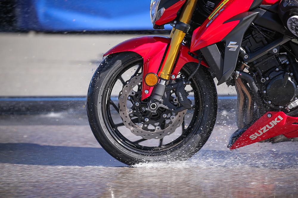 Desventajas de las motos y de los scooter